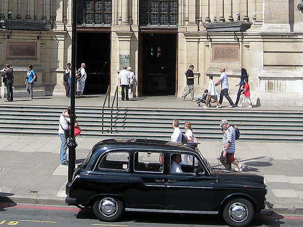 No legislation to reform taxi & PH licensing - Secretary of State confirms